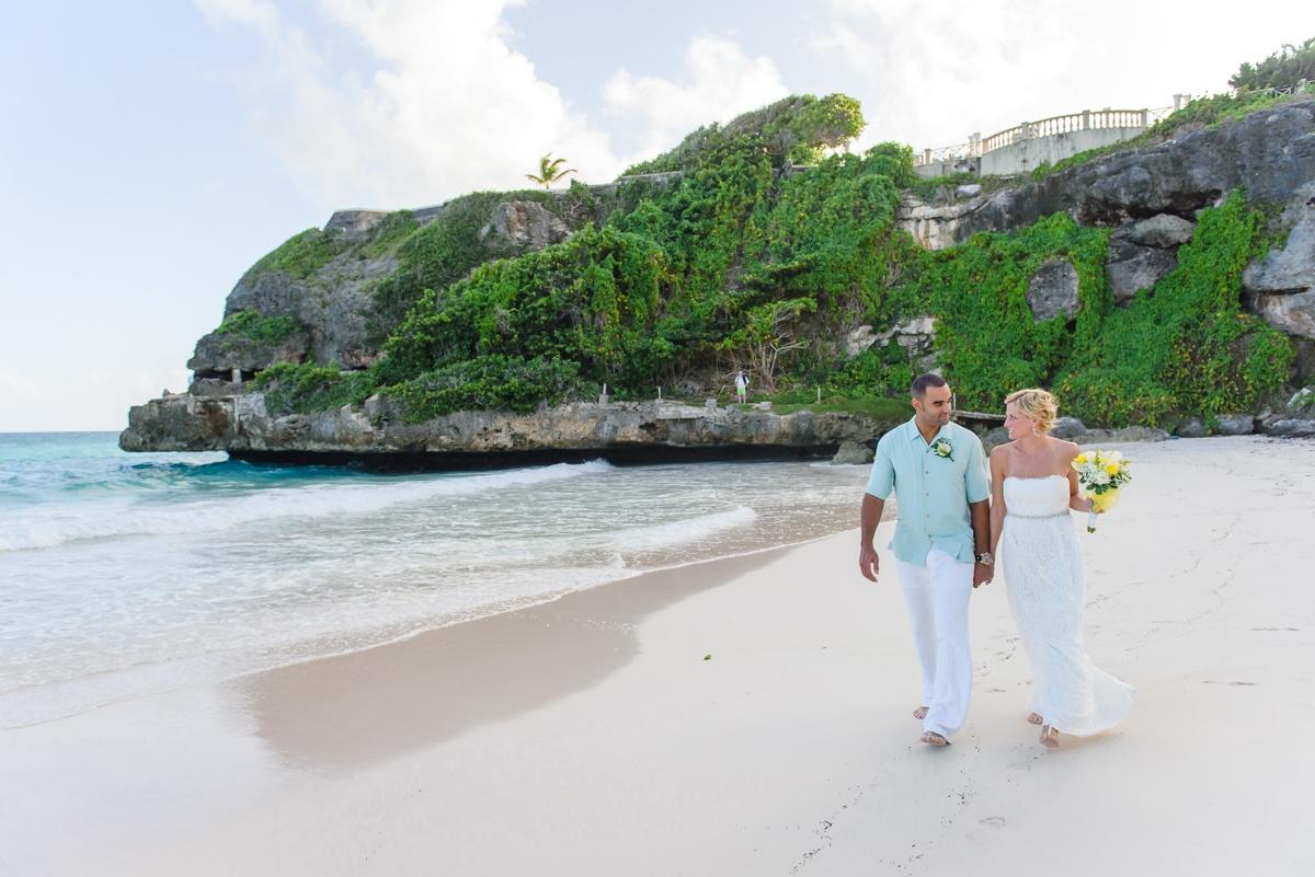 Best Choices for a Trendy Beach Wedding