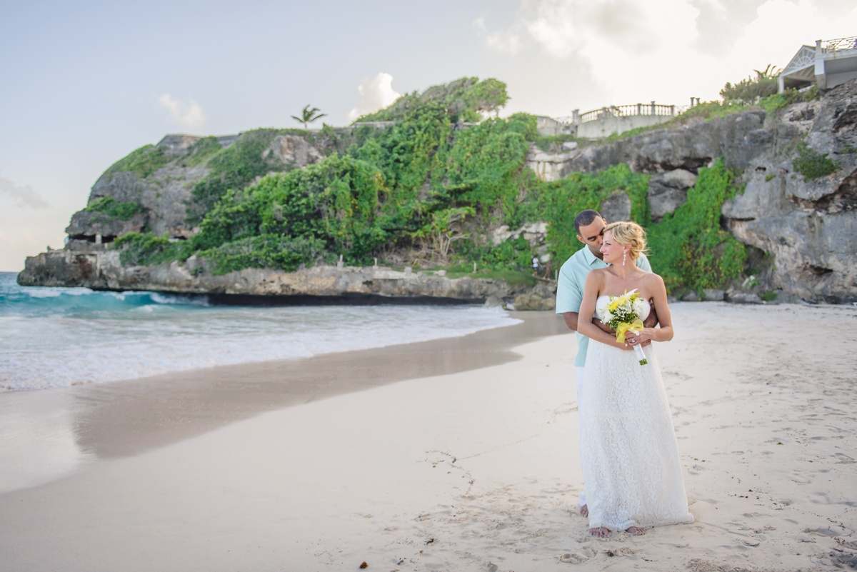 Wedding Dress Recommendations for a Beach Wedding
